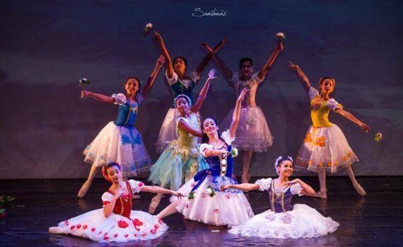 Ballet de repertório La Fille mal gardée do Sião Estúdio de Dança e Arte