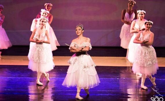 """Espetáculo de dança e artes """"O Mágico de Oz"""""""