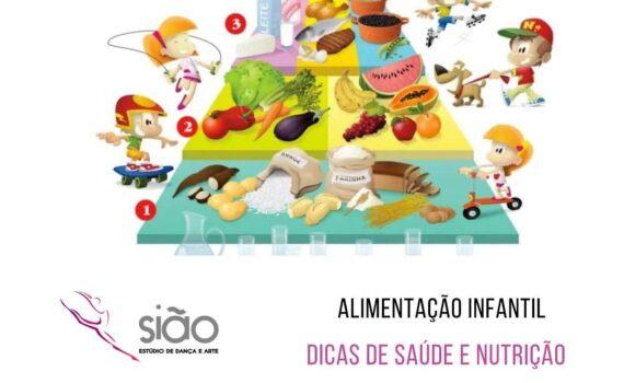 Assim como os adultos, as crianças também necessitam de uma alimentação variada e colorida. De acordo com sua faixa etária é necessário introduzir aos poucos os alimentos.